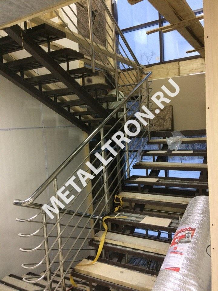 Изготовление и установка лестничных ограждений из нержавейки