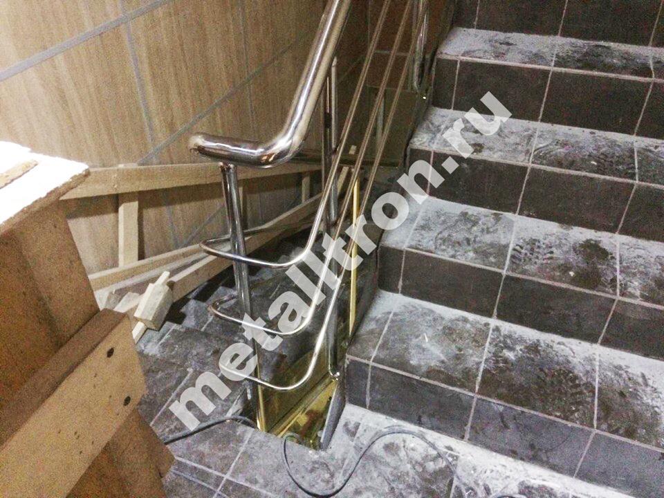 Лестничные перила из нержавеющей стали с отводами