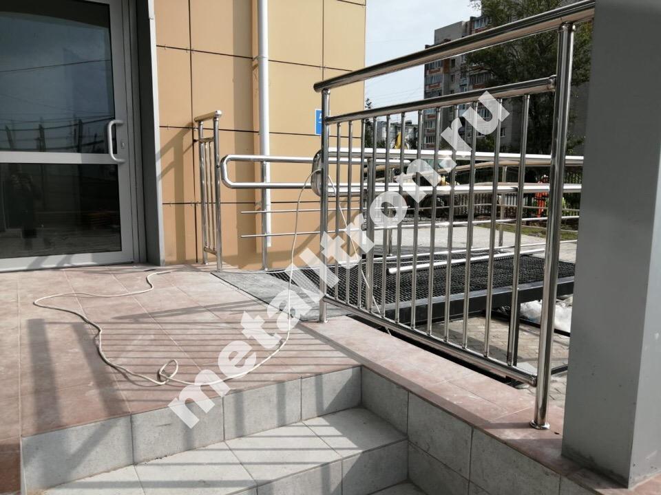 Ограждения лестниц из нержавеющей стали